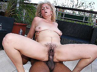 mature, blowjob, interracial, granny, hd videos, outdoor